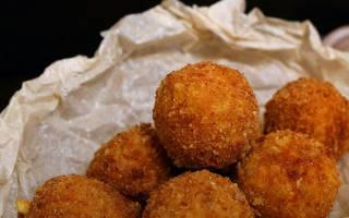 Сырные шарики в панировке